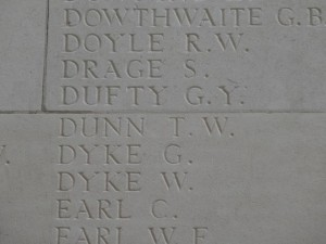 DUNN T.W. Inscription Thiepval Memorial