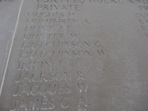HUTCHINSON W. Inscription